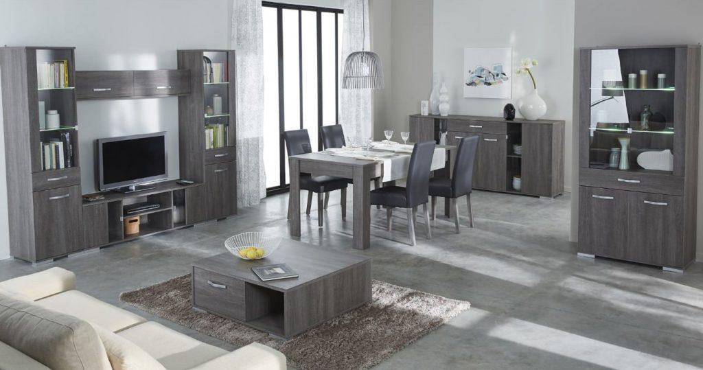 mettez votre salle manger en valeur avec la bonne chaise. Black Bedroom Furniture Sets. Home Design Ideas